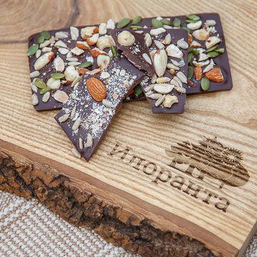 Живой горький шоколад с орехами 80 г